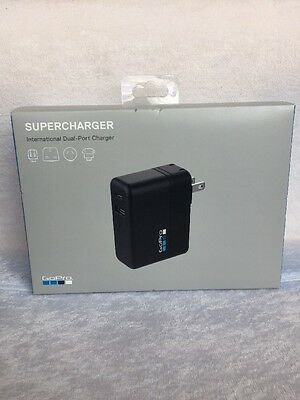 GoPro Supercharger International Dual-Port Charger - GoPro Official Accessory