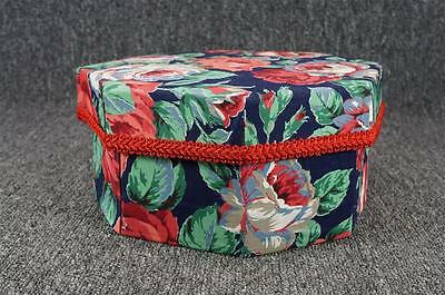 "Vintage Octagonal Floral Patterned 9.5"" Hat Box With Lid"