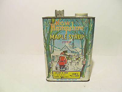 Vintage New Hampshire Gallon Tin Maple Syrup can 128. OZ OSSIPEE, N.H. 03854