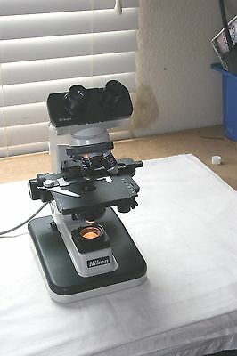 Nikon Alphaphot-2 YS2 Electronic Lab Laboratory Microscope with 3 Objectives