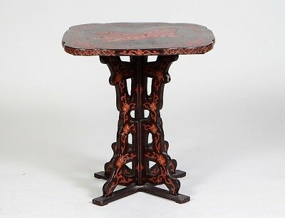 CHINESE RED & BLACK LACQUER OCASSIONAL TABLE Lot 181