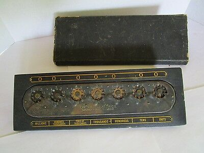Vintage THE CALCULATOR CO. Mechanical Calculator w/ith Case  NICE