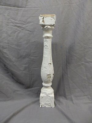 1 Antique Turned Wood Spindle Porch Baluster Thick Old Vtg White 245-17P