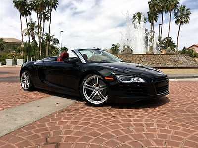 2012 Audi R8 QUATTRO SPYDER 2012 AUDI R8 SPYDER-RARE PHANTOM BLACK OVER RED NAPPA LEATHER-SIX SPEED-CLEAN!