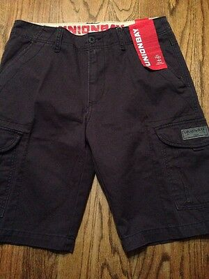 UnionBay Men's Shorts Size 32. Cargo Shorts. Navy Blue Color. NWT