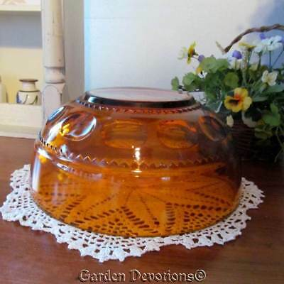 "Beautiful! VINTAGE AMBER BROWN SERVING / SALAD BOWL 9""x4""~ PRESSED GLASS"