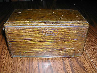 ANTIQUE 1889 SINGER SEWING MACHINE WOODEN PUZZLE BOX for Attachments Accessories