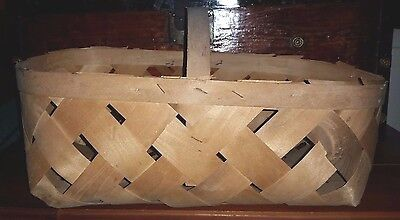 Vintage Shaved or Split Wood Woven Produce Farm Basket with Handle