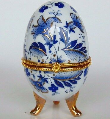 Vintage Imperial Porcelain Egg Shaped Footed Trinket Box W/ Clasp - Blue / Gold