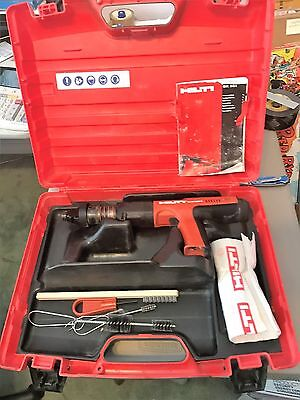 Hilti DX351 Powder Actuated Gun with Standard Nail Giude ( Factory Refubished)