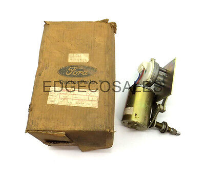 "New Holland ""5, A & B Series TLB"" Tractor Front Wiper Motor - 83903122"