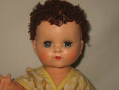 1950's Ideal Toy Co 11.5 H.P. & Vinyl Betsy Wetsy Doll w/ Caracul Wig   MC22