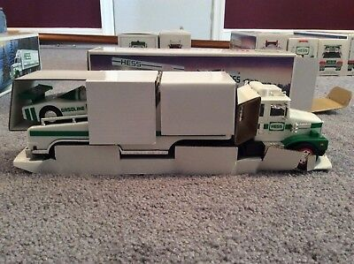 1988 Hess Truck With Box