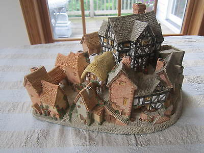 """DAVID WINTER COTTAGES """"THE VILLAGE"""" complete community in a single piece 1981"""