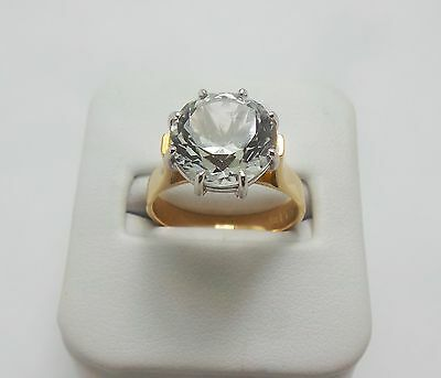 9Ct Yellow Gold Colourless Large Topaz Ring Valued @$1642 Comes With Valuation