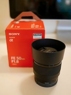 Sony E 50mm F1.8 Lens OSS