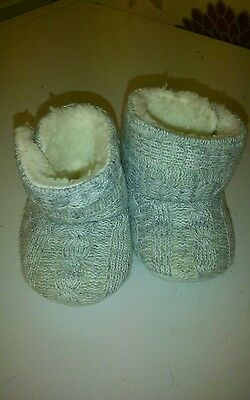 Cute baby girls booties gray 0/3mths