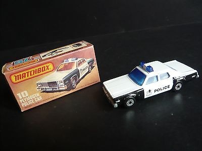 MATCHBOX 1-75 PLYMOUTH POLICE CAR (No.10)