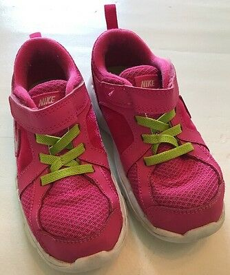 Girls Nike Sneakers. Tennis Shoes Pink. Size 10C.  Slip On, Easy Close.