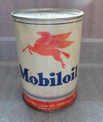 graphic old red pegasus mobile oil 1qt tin