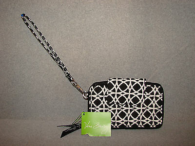 New with Tags Vera Bradley SMARTPHONE WRISTLET in NIGHT AND DAY GEO 14570-259
