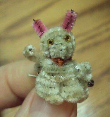 Vtg Gumball Machine CRACKER JACK Prize ~ PIPE CLEANER BUNNY RABBIT PIN