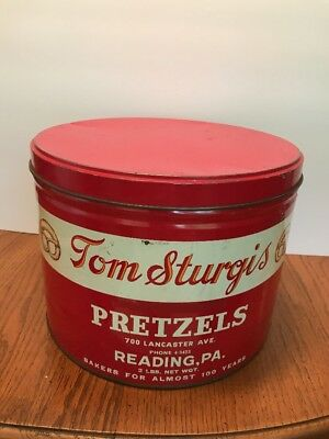 vintage pretzel metal can 2lb size Tom Sturgis Reading PA Berks County Tin