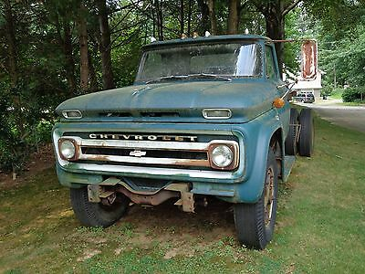1966 Chevrolet Other  1966 C60 Chevrolet Truck w/dump chassis