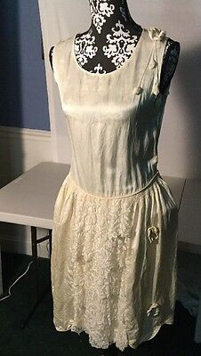 Antique Ivory Dress with Lace  Wedding Dress Early 1900s