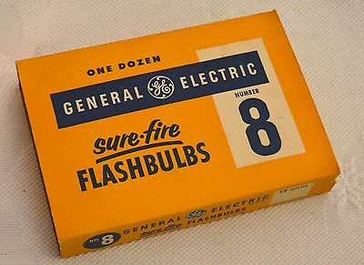 Vintage Sure Fire Flash Bulbs No. 8 General Electric  qty of 12