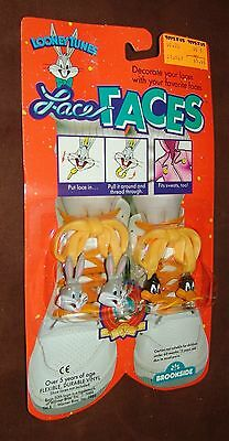"""Looney Tunes Lace Faces From Brookside """"Bugs & Daffy"""" Kids Shoe Lace Decoration"""