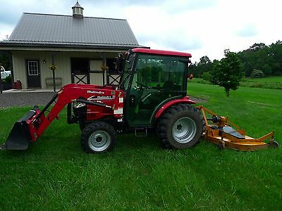 Mahindra 3615 4wd hydrostatic cab tractor loader w/ 7' finish mower excellent