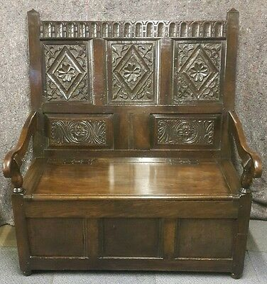 Stunning 18th C Carved Panelled Back Period Oak Settle.