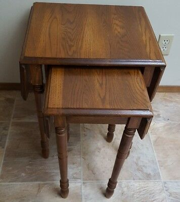 VINTAGE SOLID OAK NESTING/STACKING TABLES SET 2 w/TURNED LEGS ORIGINAL FINISH