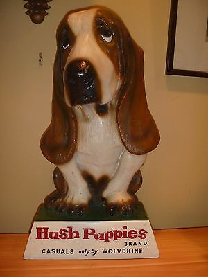 "Vintage Hush Puppies Large-16"" Hound dog display"