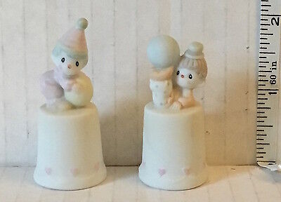 Precious Moments Thimbles - Qyt 2 - Clowns 1986
