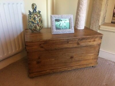 Georgian Pine Trunk/chest Restored And Wax Polished