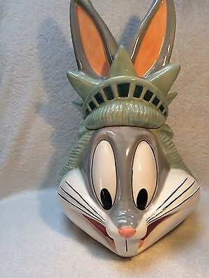 1996 Warner Brothers Bugs Bunny  New York Statue of Liberty Cookie Jar  w/Box