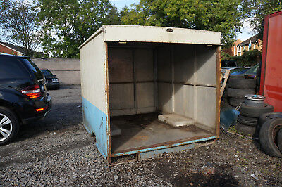 BOX UNIT CONTAINER STORAGE UNIT APPROX 7ft LONG 6.5ft WIDE FROM LUTON VAN LORRY