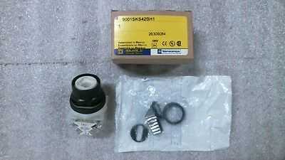 NIB Square D 9001SKS42BH1 Selector Switch w/ Wing Lever Knob  -  60 day warranty