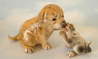 New Yellow Puppy Dog Black & White Kitty Cat Kitten Licking Each Other Figure