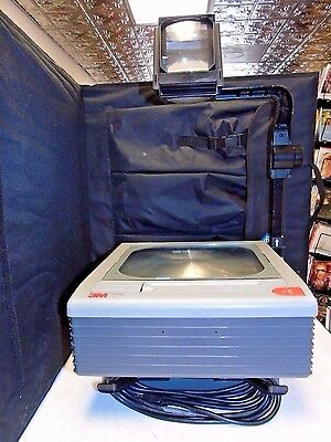 3M 9100 Overhead Projector With Fold Down Arm