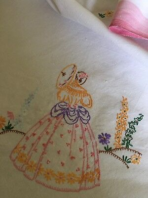 Vintage Hand  Embroidered Pretty Tablecloth