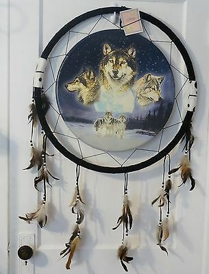 "Cathay Wolf Dream Cather 3 Wolfs In Sky & 3 Wolfs In Snow 23 1/2"" Dia"