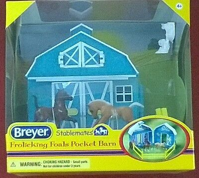 BREYER Stablemates 5932 Frolicking Foals Pocket Barn NEW