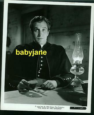 VINCENT PRICE VINTAGE 8x10 PHOTO AS A PRIEST 1944 THE KEYS OF THE KINGDOM