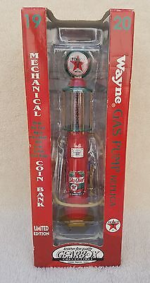 WAYNE TEXACO 1920's GAS PUMP REPLICA LIMITED EDITION BY GEARBOX 1:25