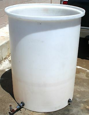 Nalgene Heavy Duty Cylindrical Tank 200 gallon 757L Great for Electrolysis, etc.