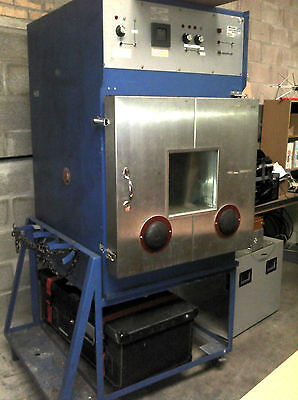 Montford Environmental (Hot/Cold) Test Chamber, 'Mini Lab F'  ** PRICE LOWERED**