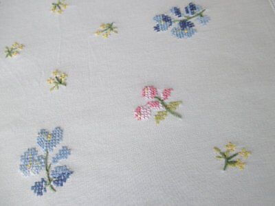 VINTAGE TABLECLOTH HAND EMBROIDERED with FLOWERS